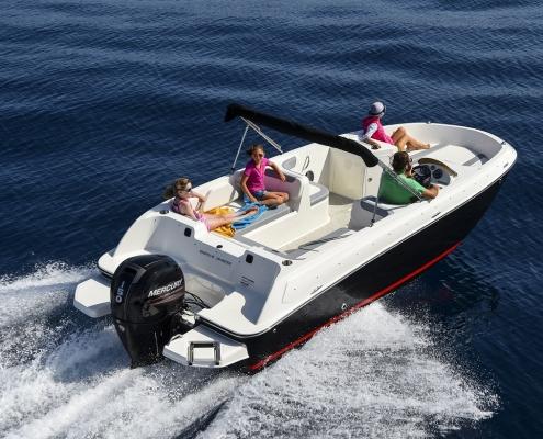 łodzie motorowe mazury
